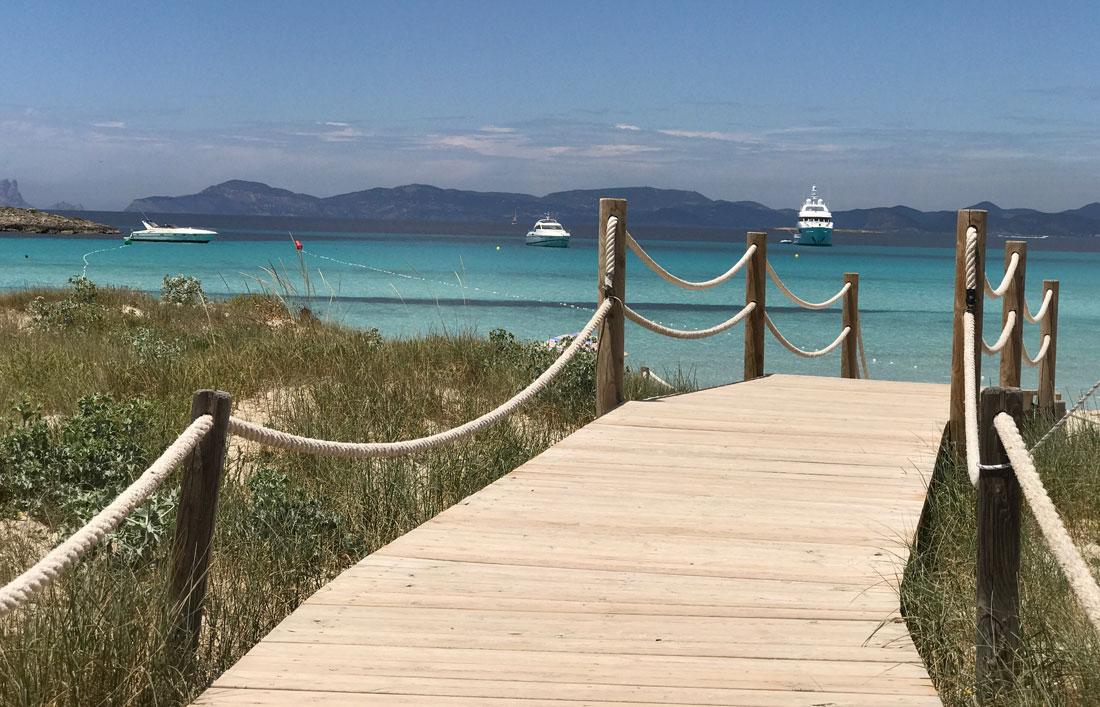 La mejor playa de Formentera, Playa de Illetes. Restaurante Juan y Andrea
