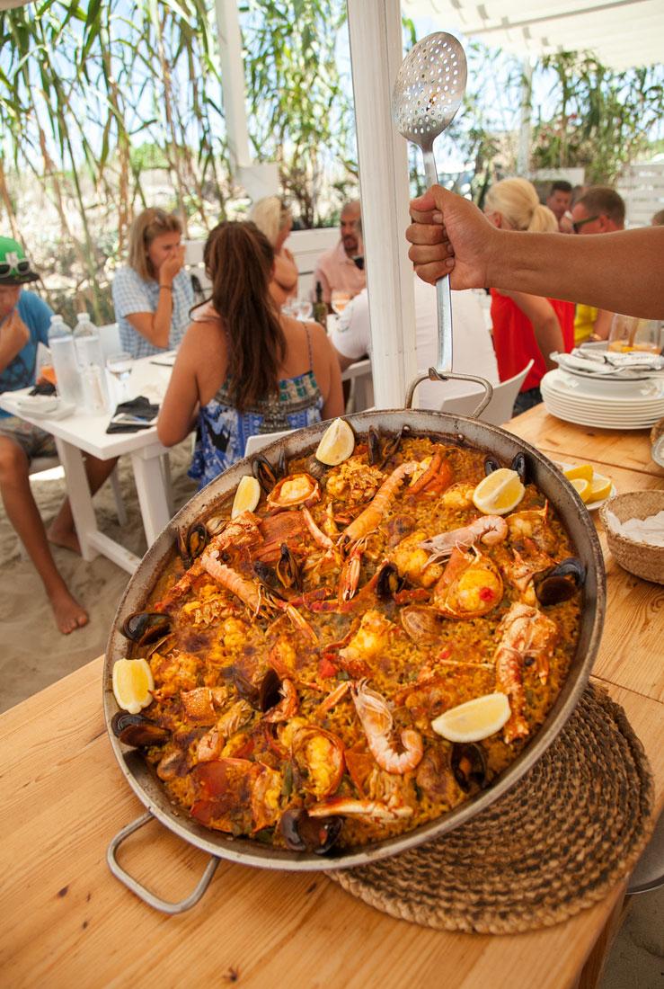 Restaurante Juan y Andrea en Formentera. Especialidad en paella