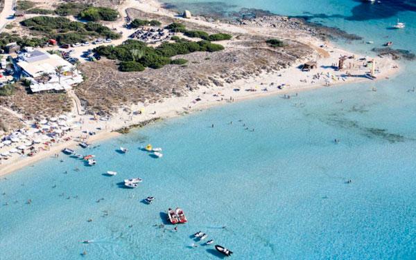 Restaurante Juan y Andrea en la playa de Illetes de Formentera