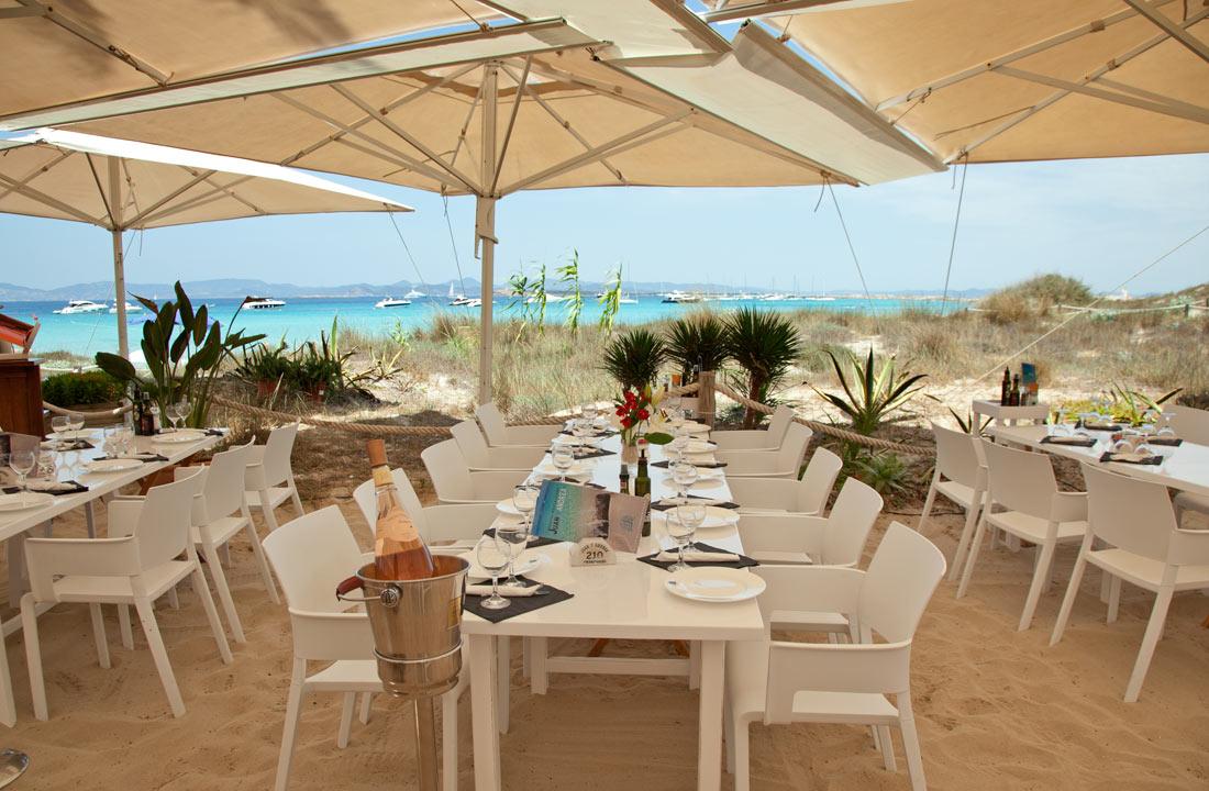 Restaurante Juan y Andrea en Formentera. terraza
