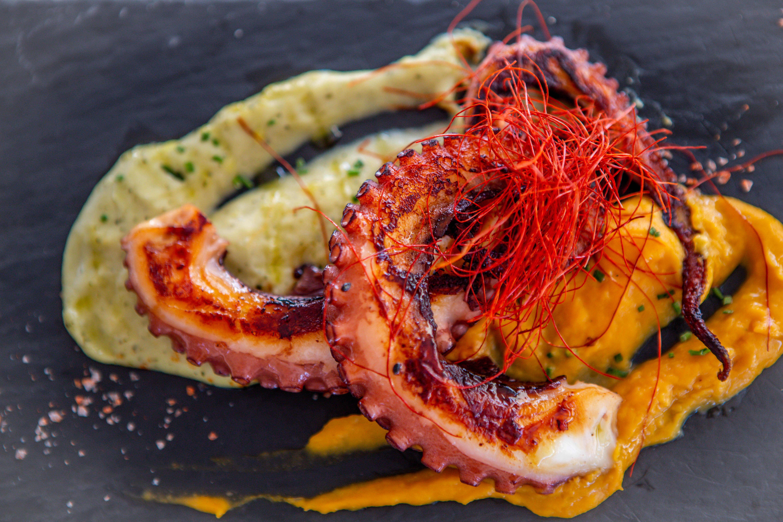 pulpo a la brasa - Restaurante Juan y Andrea